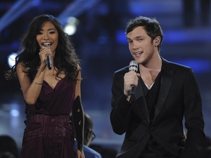 &#39;American Idol&#39; final: Jessica and Phillip duet on &#39;Up Where We Belong&#39; by Joe Cocker and Jennifer Warnes