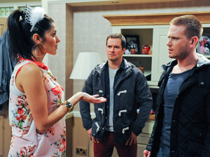 David interrupts Alicia and Justin just As Alicia tells Justin she thinks Jacob is better off with David. Justin is furious and tells David there is no way he is having his son. An argument breaks out between them