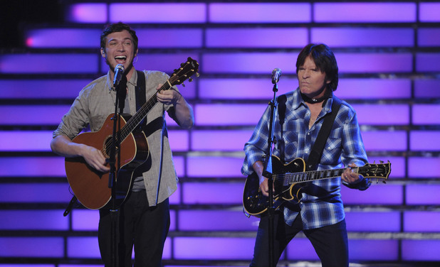 &#39;American Idol&#39; final: Phillip Phillips performs with John Fogerty from Creedence Clearwater Revival.