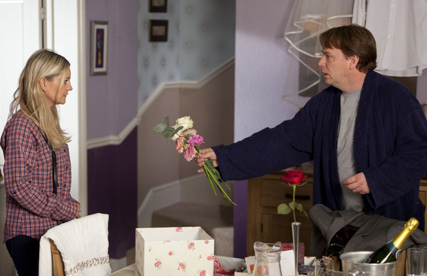 Ian Beale begs Mandy Salter to stay and marry him