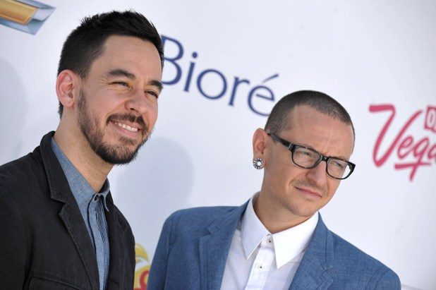 Mike Shinoda, left, and Chester Bennington