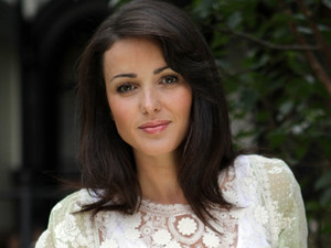 Karen Hassan as Lynsey Nolan