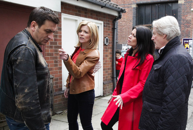 After Simon goes missing from school, Peter assumes he has gone to Leanne's, but Leanne angrily insists she has not seen Simon. The group realise Simon has gone missing and are forced to call the police
