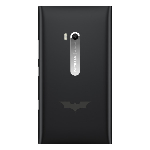 'Dark Knight Rises' Nokia Lumia 900