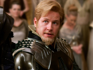 Tadanobu Asano as Hogun, Josh Dallas as Fandral, Ray Stevenson as Volstagg