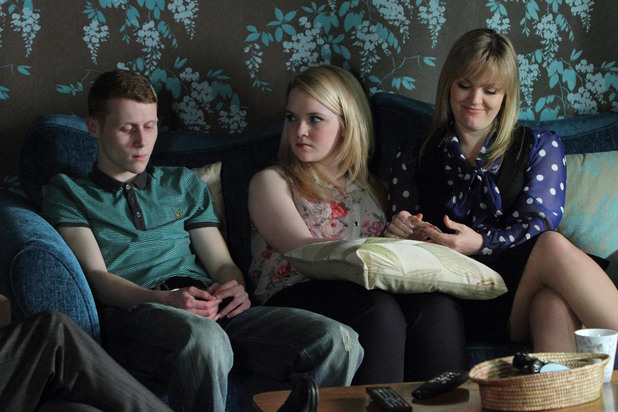 Jay tries to get Abi to show Tanya the engagement ring.