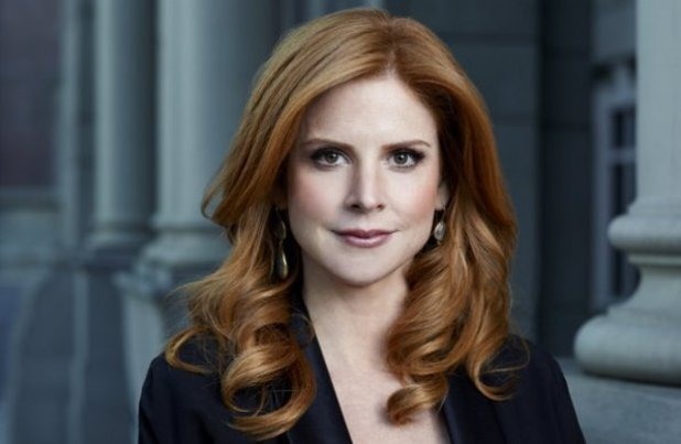 Suits: Sarah Rafferty as Donna 