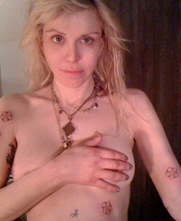 Courtney Love, twitter, tattoo