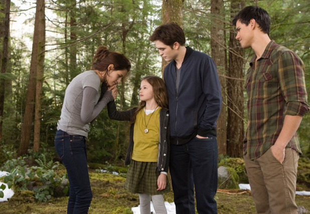 Twilight: Breaking Dawn - Part 2 Kristen Stewart Mackenzie Foy Robert Pattinson Taylor Lautner