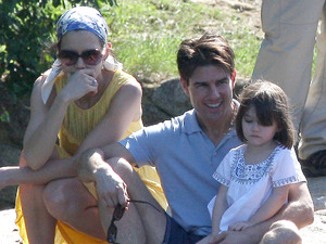Tom Cruise and Katie Holmes on holiday in Brasil with daughter Suri in February 2009