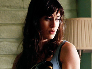 Lizzy Caplan in 'Item 47' short