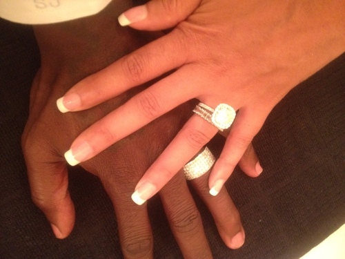 Chad Ochocinco posts a Twitter photograph after marrying Evelyn Lozada