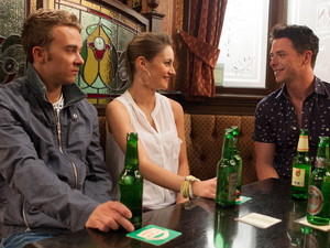 David is annoyed when Kylie invites Ryan along for a drink. She finds him hilarious as he drunkenly jokes around