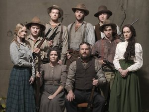 &#39;Hatfields & McCoys&#39; cast promo picture