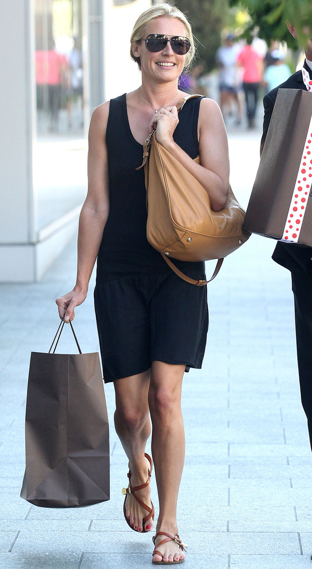 Cat Deeley shopping in Los Angeles.