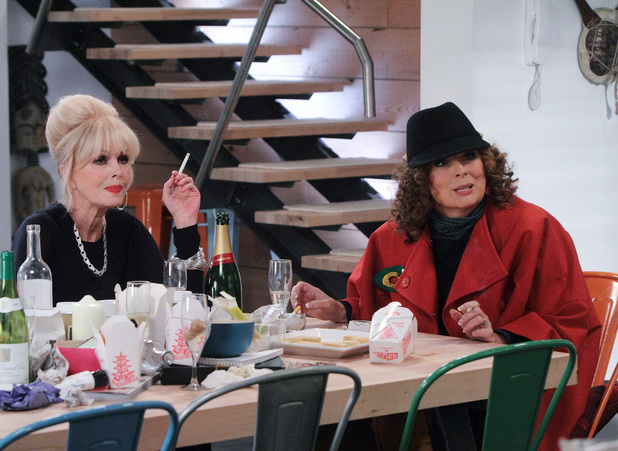 Patsy (Jonna Lumley) and Edina (Jennifer Saunders)