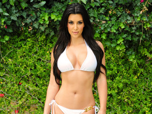 Kim Kardashian, bikini body, LA, 2010