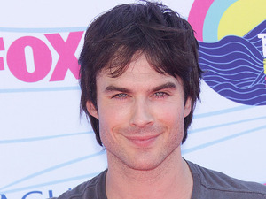 Ian Somerhalder arrives on the pink carpet at the Teen Choice Awards 2012