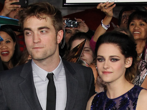 Robert Pattinson and Kristen Stewart at The Twilight Saga: Breaking Dawn - Part 1 World Premiere held at Nokia Theatre L.A. Live , Los Angeles, California - 14.11.11
