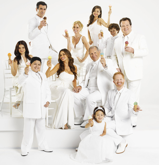 Modern Family season 3 cast photo