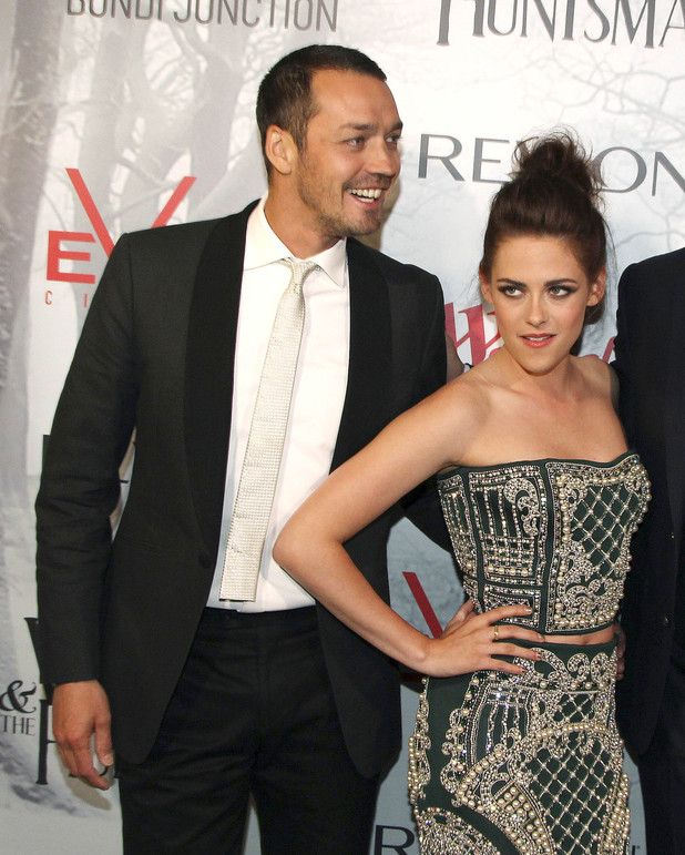 Kristen Stewart, Rupert Sanders and Chris Hemsworth