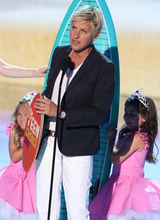 Ellen Degeneres wins Teen Choice Best Comedian