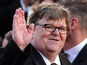 Moore: Oscar nominee 'held at airport'