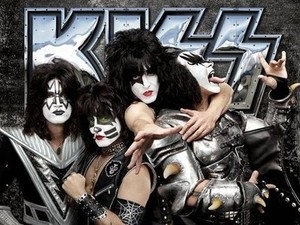 Kiss: &#39;Monster&#39;
