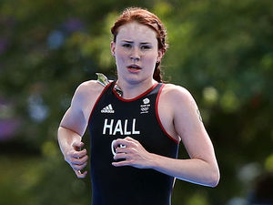 Great Britain's Lucy Hall puts in an amazing performance during the Women's Triathlon around London.