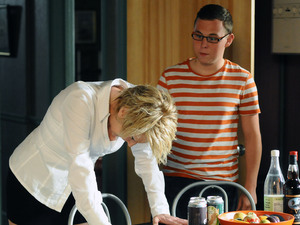 Shirley tells Ben that all the evidence points towards Phil being Heather's murderer.