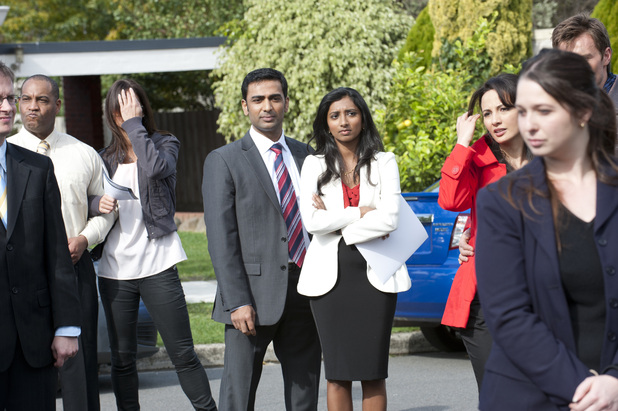 Ajay bids for the Ramsay house in Neighbours