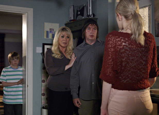 Sharon tries to mediate between Ian and Lucy.