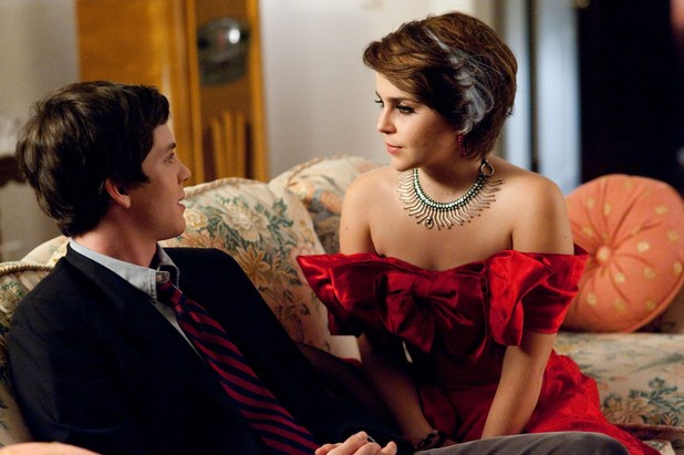 The Perks of Being a Wallflower Logan Lerman Mae Whitman
