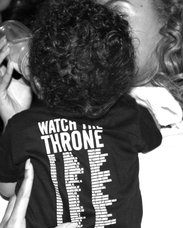 Beyonce posts a picture of Blue Ivy on her Tumblr.