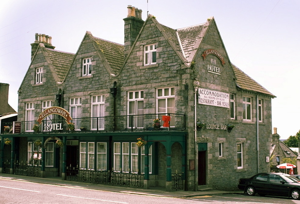 &#39;The Wicker Man&#39; pub - The Ellangowan Hotel 