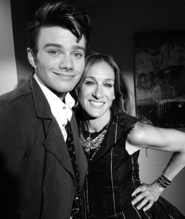 Chris Colfer and Sarah Jessica Parker on the Glee set