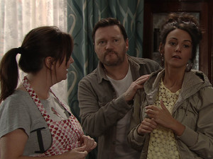 After discussing the surrogacy with Owen and agreeing on a price, Tina finds herself telling Gary and Izzy about her proposition