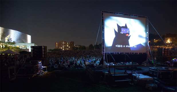 Over 10,000 attend the first Internet Cat Video Festival