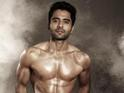 Actor reveals he had less than six weeks to get a six-pack for Ajab Gazabb Love.
