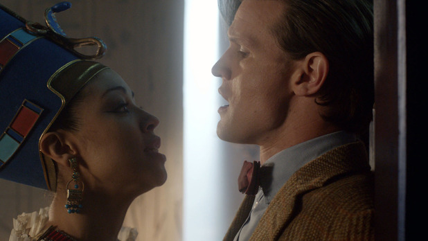 Queen Nefertiti (Riann Steele) and the Doctor (Matt Smith)