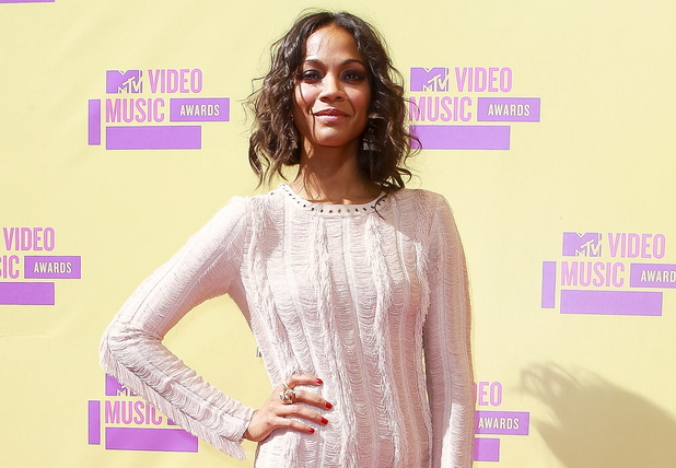 Zoe Saldana attends the MTV Video Music Awards 2012