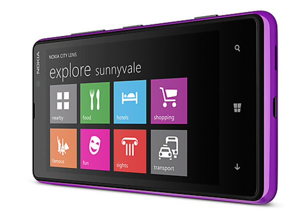 Nokia Lumia 820 smartphone