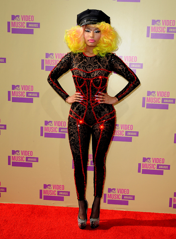 MTV VMAs 2012 red carpet