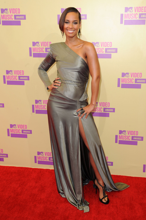 Alicia Keys attends the MTV Video Music Awards 2012