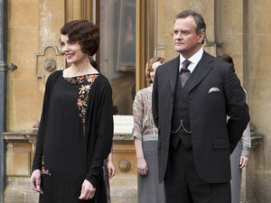 Elizabeth McGovern as Countess of Grantham, Cora, Hugh Bonneville as Earl of Grantham, Robert, Dan Stevens as Matthew, Penelope Wilson as Isobel, Allen Leech as Branson, Jim Carter as Mr Carson, Phylis Logan as Mrs Hughes in 'Downton Abbey' Season 3, Episode 1.