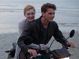 Now Is Good, Jeremy Irvine, Dakota Fanning