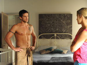 Heath and Bianca at odds in Home and Away