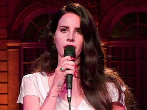 Lana Del Rey, jaguar launched the new Jaguar F-Type