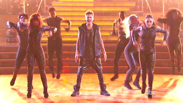 Dancing With The Stars S15E02: Justin Bieber 