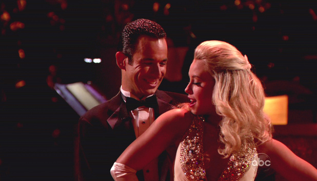 Dancing With The Stars S15E01: Helio Castroneves and Chelsie Hightower